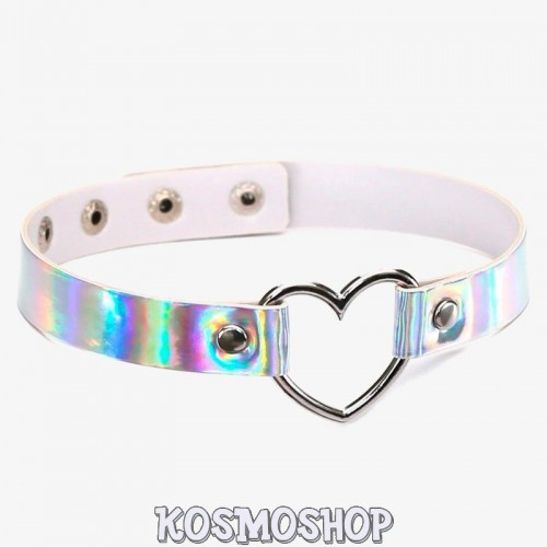 'Heart ring' choker